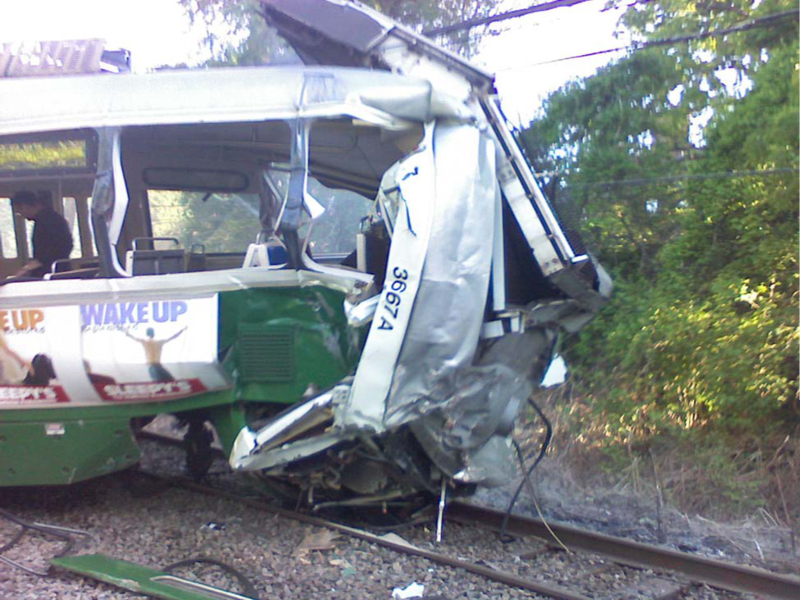 2008_Green_Line_wreck.png