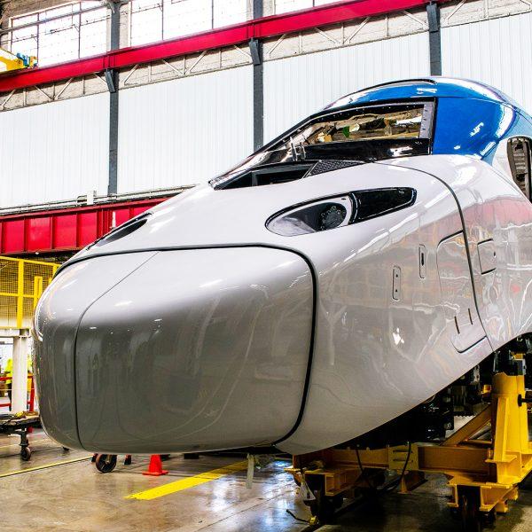 Alstom-Avelia-Liberty_Amtrak-Acela_Railcolornews_8493-600x600.jpg