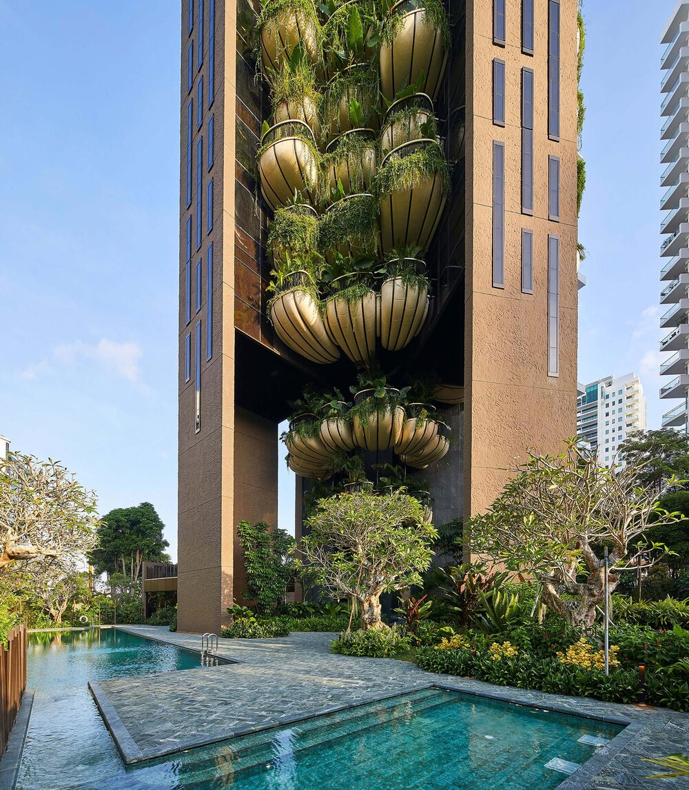 Heatherwick+Studio+Skyscraper+Luxury+Elevator+Singapore+EDEN+Pool+View.jpg
