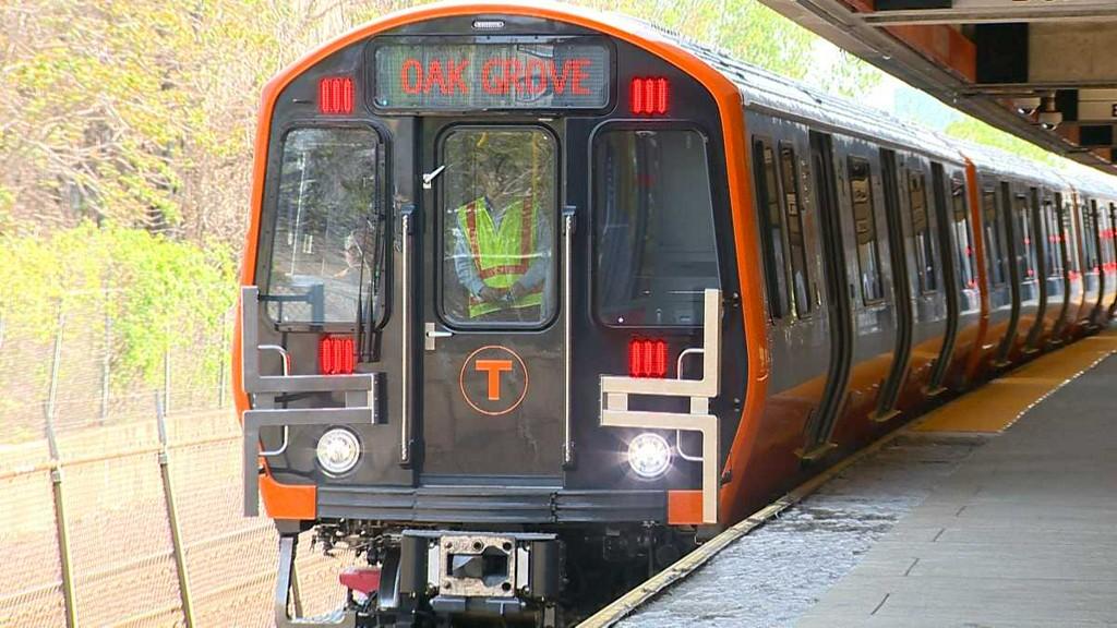 New .Orange line cars yanked from Service Again!!!!.jpg